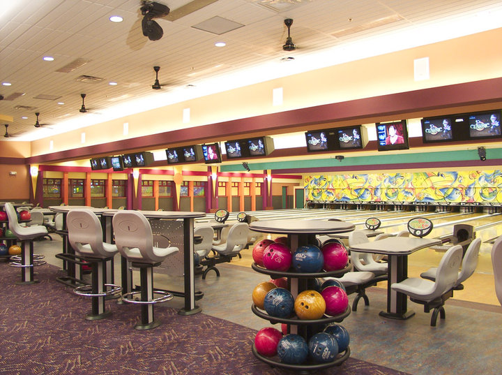 View of Franklin Lanes bowling lanes
